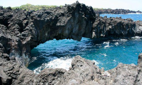 Black rock arch at Waianapanapa Black Sand Beach